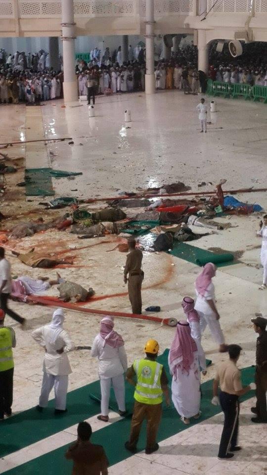 Crane-collapses-in-Mecca3